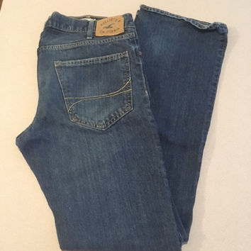 Vintage Men's California Boot Button Fly Jeans, Hollister Original jeans, 34 x 34 100% Cotton Made in Guatemala Medium Wash No Rips or Tears