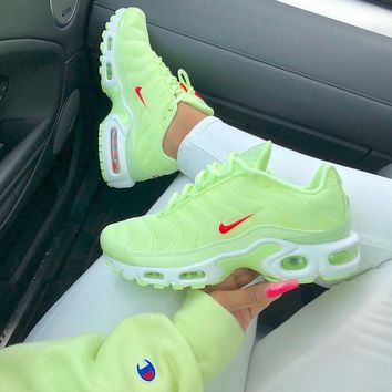 shosouvenir NIKE AIR MAX PLUS Air cushion sneakers