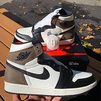 "Air Jordan 1 Retro High ""Dark Mocha"" sneakers basketball shoes"