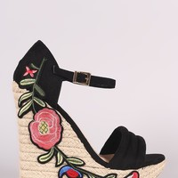 Wild Diva Lounge Floral Applique Platform Wedge