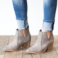 Not Rated Shea Bootie - Grey