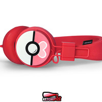 Valentine's Day headphones Poke-phones Urbanears Love Ball earphones white red pink hand painted