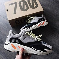 Adidas Yeezy 700 Runner Boost Retro Popular Casual Sport Running Shoes Sneakers