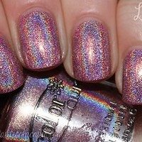 "Holographic Pink Halo Hue by Color Club ""Halo-graphic"" Full Size Nail Polish"