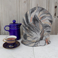 Felted tea cozy, sleeping tabby cat teapot cosy, tea warmer, gift for tea and cat lover. OOAK