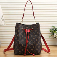 LV Louis Vuitton women's color matching shoulder strap drawstring bucket bag shoulder bag shopping messenger bag