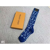 LV 2018 autumn and winter new classic letter bright silk tube knee socks high tube stockings #6