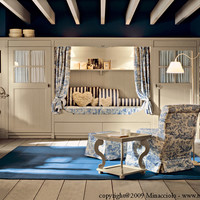 Classic style solid wood bedroom set English Mood Collection by Minacciolo