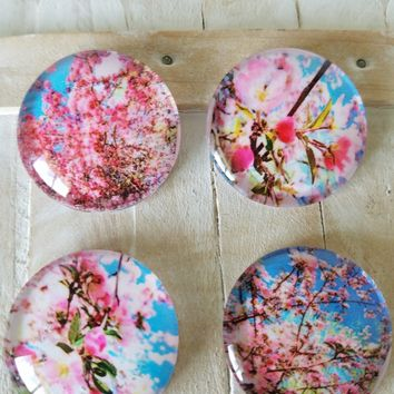 Party favors glass fridge magnets set of 4 pretty flower magnets