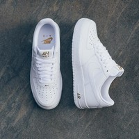 """Nike Air Force 1 Low Crest Logo """"82 WHITE GOLD"""" Sneaker AA4083-102"""
