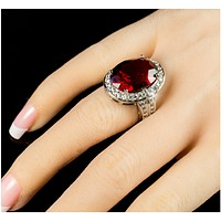 Lina Vintage Ruby Red Oval Halo Cocktail Ring | 17ct | Cubic Zirconia | Silver
