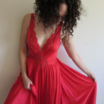 Vintage Red Lace Sexy Maxi Full Skirt Nightgown