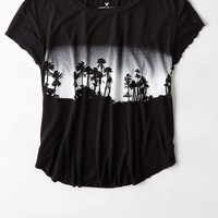 AEO Women's Cropped Graphic T-shirt (True Black)