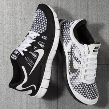 Nike 'Free 5.0 PRM' Running Shoe (Women)