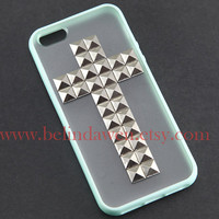 studded iphone 5 case,cross studded iphone 5 case,  silver pyramid stud iPhone case, mint green Frosted Translucent iphone 5 case