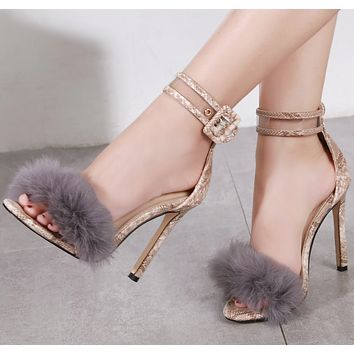 The new hot selling women's sandals with high heels