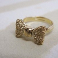 Supermarket: Gold Bow Ring from Diament Jewelry
