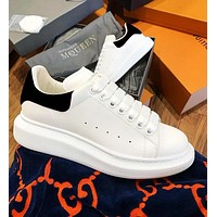 Wearwinds Alexander McQueen Classic Fashionable Women Men Casual Sports Running Shoes Sneakers