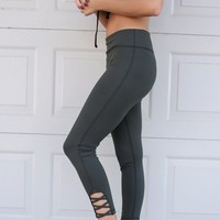 Run The Show Olive Active Criss Cross Leggings
