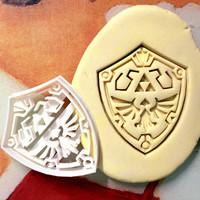 Zelda Link Shield Cookie Cutter great for cutting Bread, Cheese, Soft fruit and more