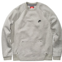 NIKE TECH FLEECE CREW - DARK GREY HEATHER/MEDIUM GREY/BLACK | Undefeated