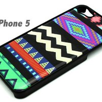 BLACK Snap On Hard Case IPHONE 5 5S Plastic Skin Cover - Mix Up Mayan Aztec chev...
