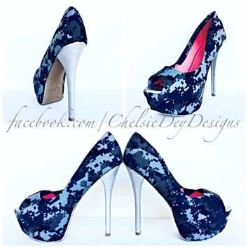 Camo Peep Toe Glitter Pumps, Something Blue Military Wedding High Heels