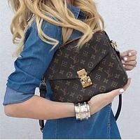 Louis Vuitton LV Monogram Pochette Metis Crossbody