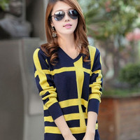 2015 spring sweater coat sweater knitted pullover Plaid Korean women V fashion = 1946058436
