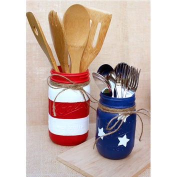 AMERICAN FLAG JARS - Shabby Chic Flag Jars - Rustic Centerpieces - Painted Mason Jars - Utensil holder- Red White Blue Mason - Flag Mason