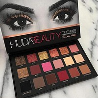 HUDA BEAUTY 18 Color Eye Shadow