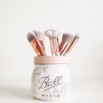 Painted marble / splatter Ball mason jar - desk decor, pen pot, makeup brush holder