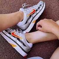 Nike P-6000 Retro Daddy Shoes Silver/laser Fuchsia Sports Casual Jogging Shoes White Silver Red Hook