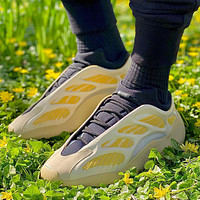 Adidas Yeezy Boost 700 V1/V2/V3 Men's and women's Sneakers Shoes