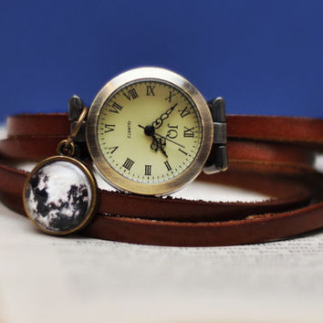 Brown Leather Wrist Watch With Full Moon Pendant