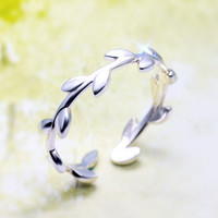 (VERY SMALL SIZE /SMALL RING ) Real 925 Sterling Silver Plain Olive Leaf Openable TOE Ring MIDI adjustable size GTLJ651