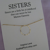 SISTERS Necklace. Gold Eternity Circle Necklace . 50th Birthday Gift for Sister . 30th Birthday Gift for her. 40th Birthday Sisters Necklace