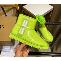 UGG new limited edition antifreeze boots, fashionista street style   Women's boots fluorescent green