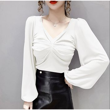 Women's new retro V-neck long-sleeved chiffon stitching pleated top