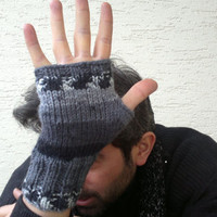 Knitted mens mitten, mens fingerless gloves in gray and black shades, mens fashion, gift for husband , valentines, gift for him