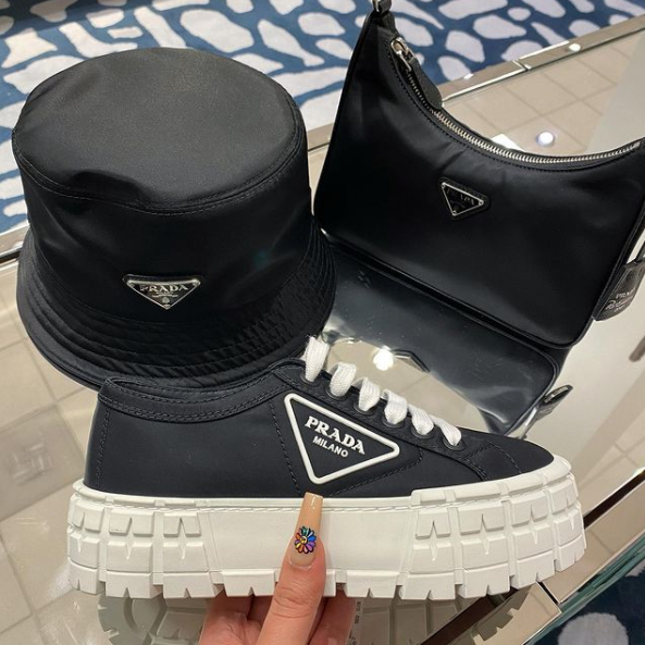 Image of Prada new thick bottom canvas casual shoes