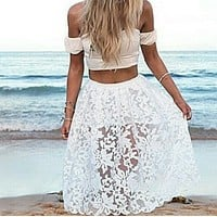 The new dress is a two-piece dress with seaside gauze