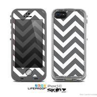 The Sharp Gray & White Chevron Pattern Skin for the Apple iPhone 5c LifeProof Case