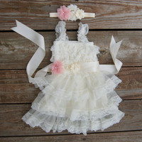 1st birthday dress. First birthday outfit. Toddlers birthday dress. Toddler party dress. Pink birthday dress. Party dress. Girls lace dress