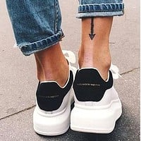 Alwayn ALEXANDER MCQUEEN Tide brand women's thick-soled casual sports white shoes(Velvet tail)