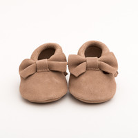 Bow Baby Leather Suede Moccasins Tan