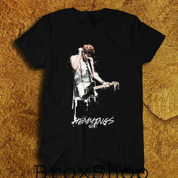 Luke Hemmings 5SOS 5 Seconds of Summer Printed Shirt Geek Hipster Shirt Black Unisex Size Men Women Tee TShirt