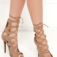 Cage for Cutie Natural Lace-Up Heels