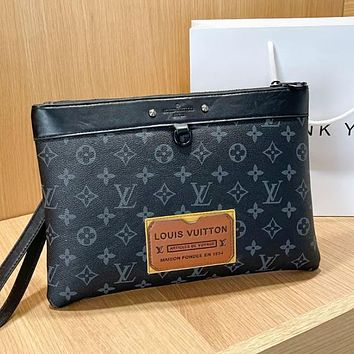 LV Louis Vuitton new product stitching color letter printing ladies envelope bag cosmetic bag clutch Black LV print