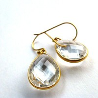 Fine jewelry. 24K Gold and large Quartz crystal clear. Gold earring. Clear diamond like stone, jewelry, Gold